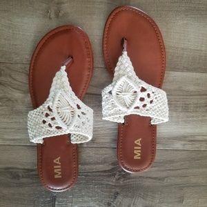 NWOT MIA size 8.5 boho sandals from stitch fix